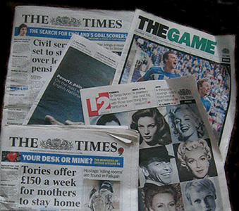 Publicació The Times, en què es pot veure com s'utilitzen diverses fonts tipogràfiques depenent de la seva utilitat: cos de text, títol, subtítols...Nota legal: imatge sota domini públic procedent de wikimedia commons. Publicada per Ranveig (2005).